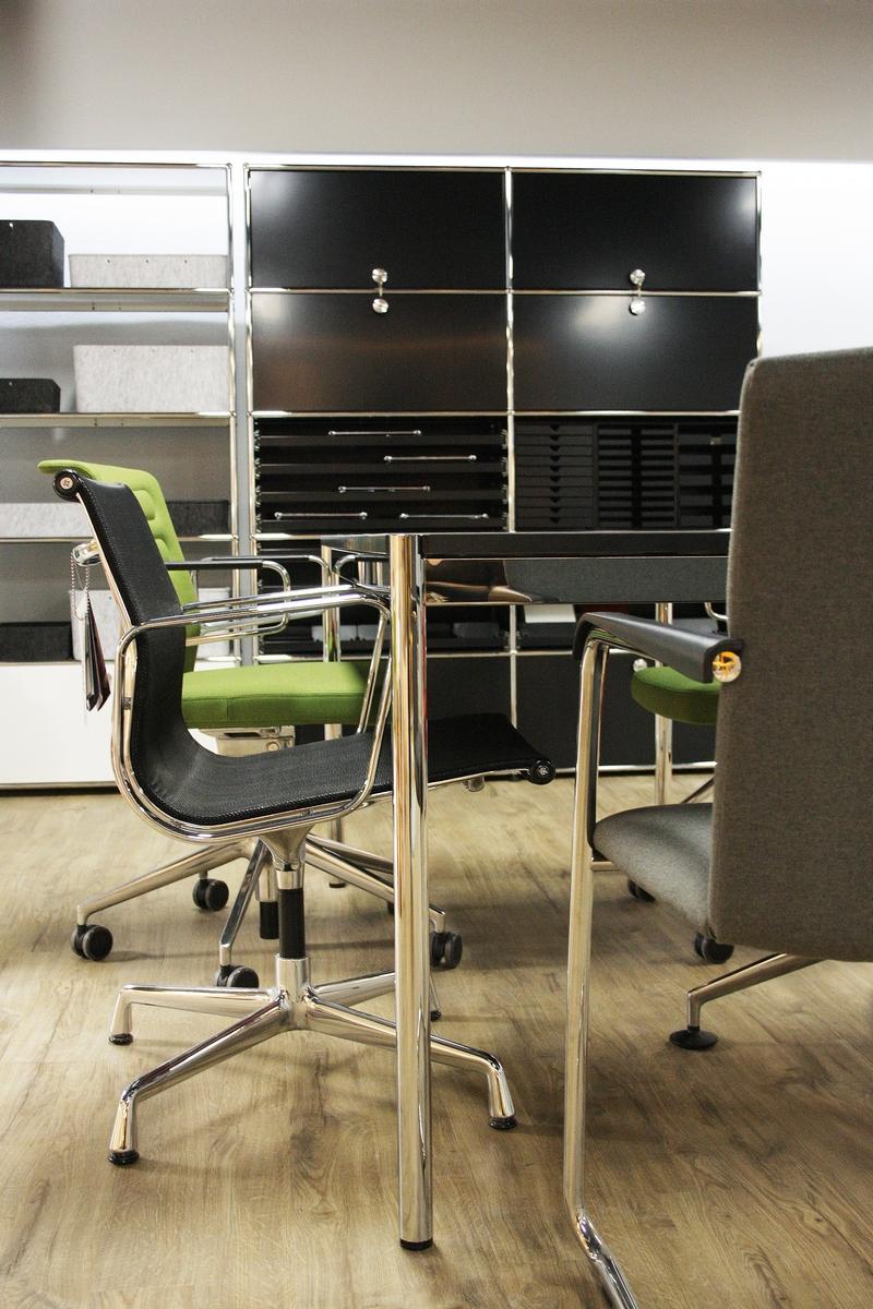 Team Arbeitswelten Büromöbel Und Designklassiker
